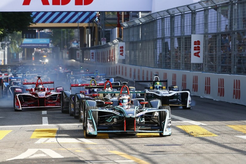 Formula E drivers baffled by 'huge crime' Zurich yellow penalties