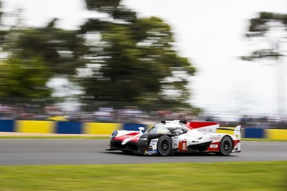 Le Mans hour 5: Alonso takes lead from Lopez after safety car restart