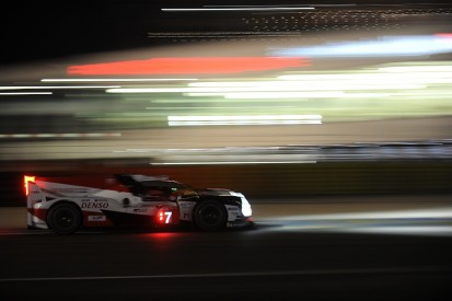Le Mans hour 8: Kobayashi builds small lead for #7 Toyota