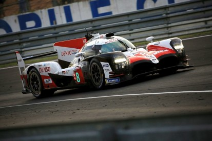 Le Mans 24 Hours H17: Buemi keeps #8 in control, #7 closes back in