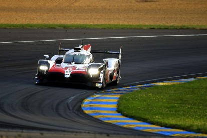 Le Mans hour 19: Alonso leads by more than one minute in Toyota #8