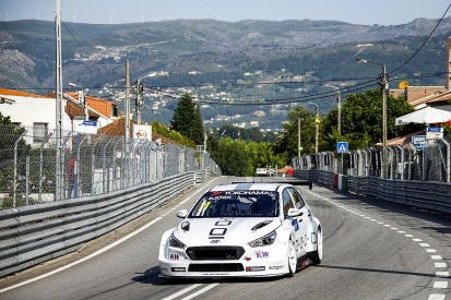Vila Real WTCR: Thed Bjork takes pole after major crash repair