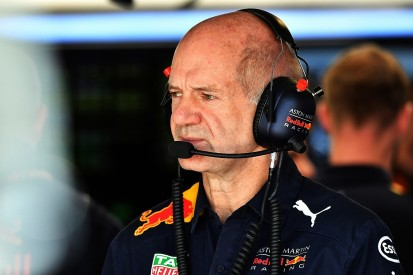 Renault rules out bid to lure Red Bull F1 design chief Adrian Newey