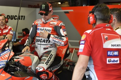 Jorge Lorenzo won't take MotoGP crew chief with him to Honda