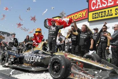 IndyCar Iowa: James Hinchcliffe takes win in bizarre finish