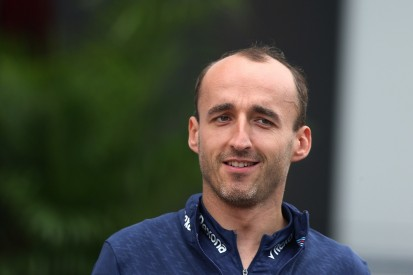 Robert Kubica says he had signed F1 deal with Ferrari for 2012
