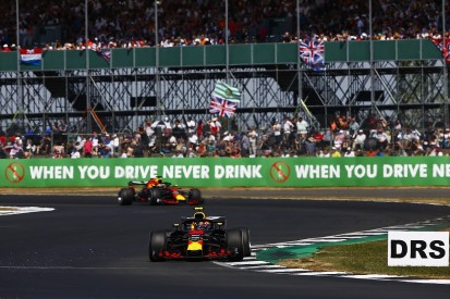Why Red Bull F1 team gave Ricciardo and Verstappen different wings