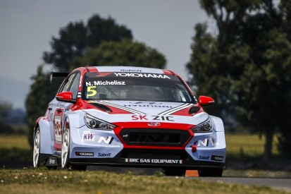 WTCR Slovakia: Norbert Michelisz takes pole for Sunday's race
