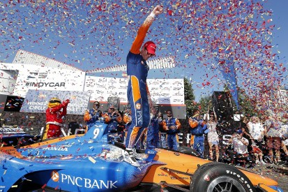 IndyCar leader Scott Dixon wins in Toronto, rivals hit trouble