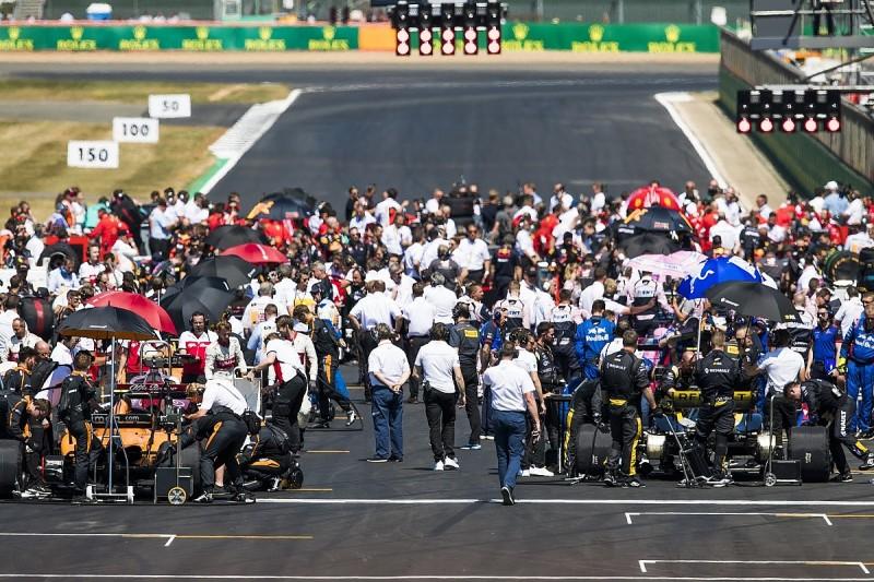 'Massive' calendar cut would increase F1's value - Abiteboul