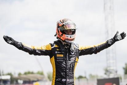 F2 Barcelona: Renault F1 junior Aitken dominates to win sprint race