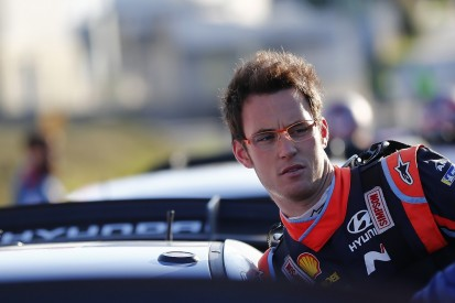 WRC Portugal: Neuville adds to lead on Friday evening Porto stages