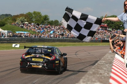 BTCC Thruxton: Neal converts pole into race one victory