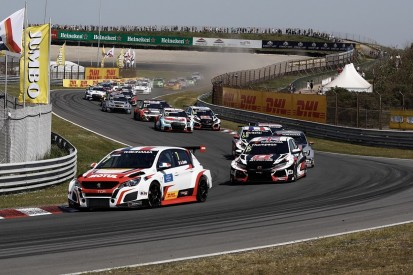 Zandvoort WTCR: New Peugeot takes first win with Aurelien Comte