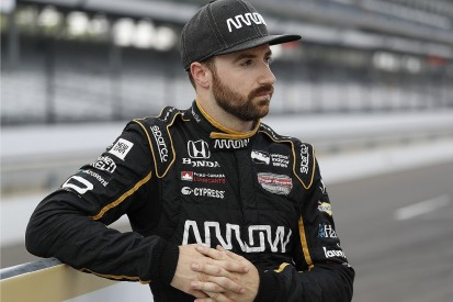 Schmidt ends efforts to get bumped Hinchcliffe into Indy 500