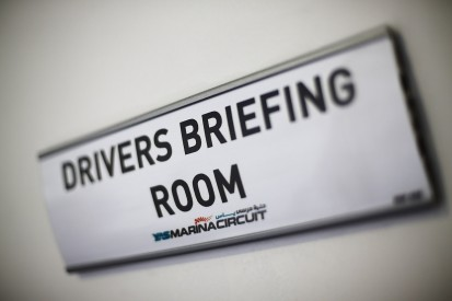 FIA considers scrapping Friday evening F1 drivers' briefing