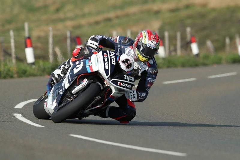 Isle of Man TT: Superbike rider Dan Kneen dies in practice crash
