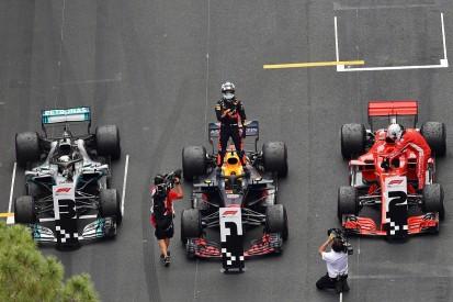 Lewis Hamilton: Daniel Ricciardo lacks strong F1 options for 2019
