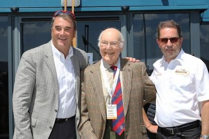 1992 F1 champion Mansell and Walker mark 50th Thruxton anniversary