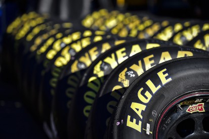 NASCAR Fontana: 24 cars offered new tyres to avoid start disparity
