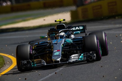 Mercedes' Wolff reassures Bottas after Australian GP qualifying crash