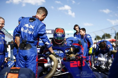 Vergne says Hartley's Toro Rosso F1 call-up 'makes me laugh'