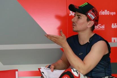 Jorge Lorenzo says Andrea Dovizioso tries to undermine him in MotoGP