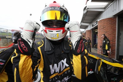 BTCC Brands Hatch: Goff takes pole after Cammish gets penalty