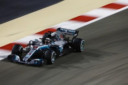 """Hamilton criticises Verstappen for """"silly"""" Bahrain Grand Prix move"""