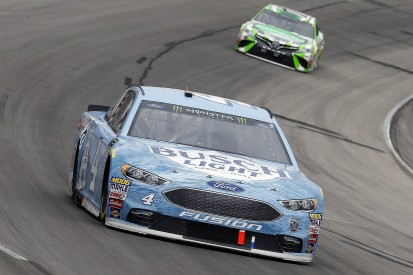 NASCAR admits Harvick should have had Texas penalty for pitstop issue