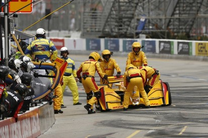 Hunter-Reay calls IndyCar Long Beach race a 'complete nightmare'