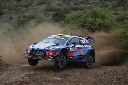 WRC Rally Argentina: Andreas Mikkelsen leads Ott Tanak by one second