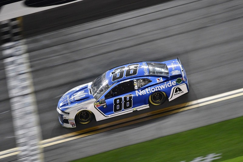 Harvick: Daytona poleman Bowman's NASCAR Duel strategy a waste of time