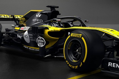 Formula 1's halo will take drivers 20 laps to get used to - Sainz