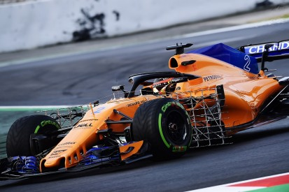 Vandoorne explains McLaren's long delay on day two of F1 testing