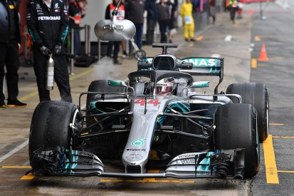 F1 testing: Mercedes and Lewis Hamilton send early warning