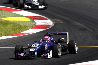 Li to be checked for head and back injuries after European F3 crash