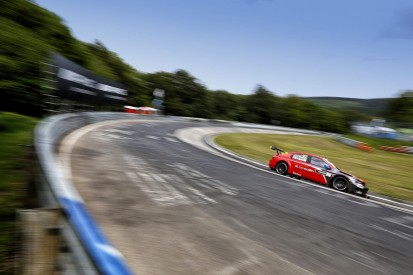 WTCC Nordschleife: Lopez quickest in FP1 as Huff crashes