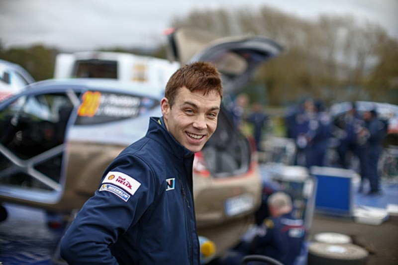 Hayden Paddon stays with Hyundai for 2015 World Rally Championship