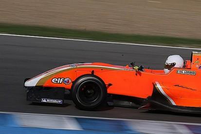 Kart star Lorandi aims for Verstappen-style jump after F3 test