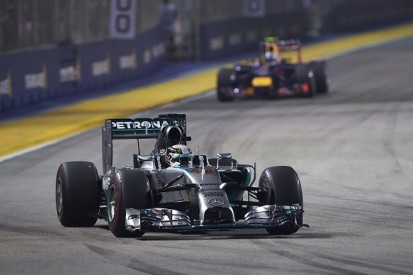 Mercedes 'incredible' in 2014, says Formula 1 rival Red Bull