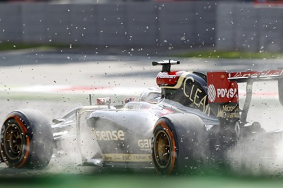Romain Grosjean says current F1 cars require new driving style