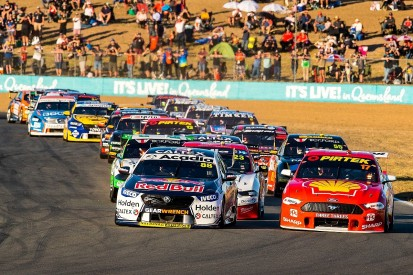 Supercars opens official pre-season tests to fans