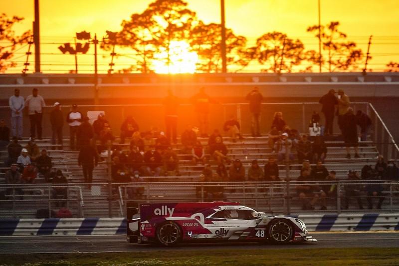 Elliott and Johnson vow to return to Daytona 24 Hours
