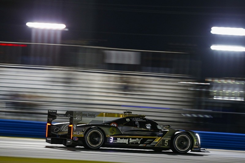 Daytona 24 Hours: Vautier leads for JDC Miller after three hours