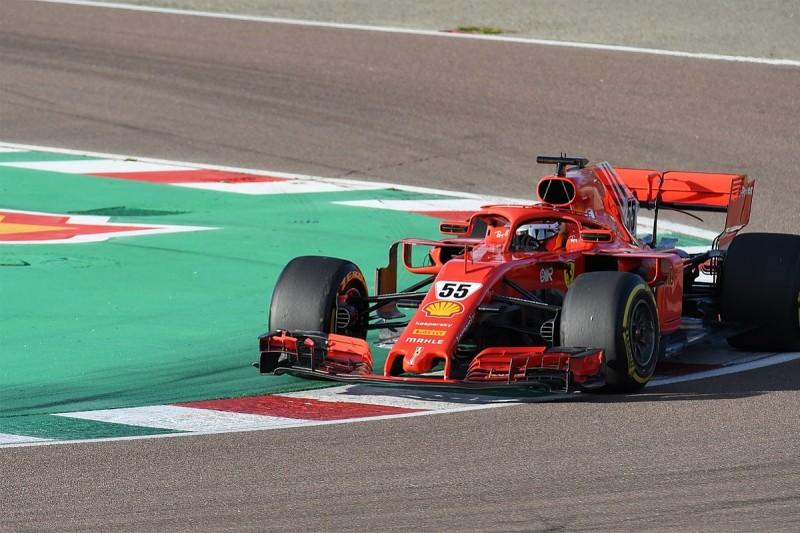 Sainz explains impromptu visit to thank tifosi during Ferrari F1 test