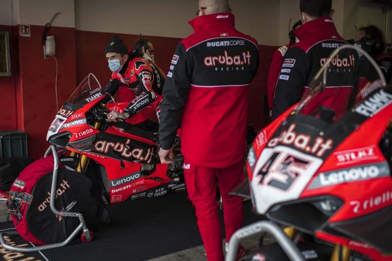 Ducati-Test in Misano: Redding mit der 2021er-Panigale zufrieden, Rinaldi stürzt