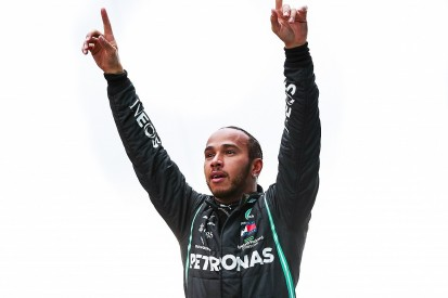 Lewis Hamilton signs new Mercedes F1 contract for 2021