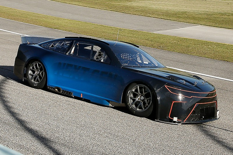 NASCAR-Präsident: Neuer Hersteller nur mit Teil-Elektrifizierung