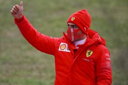 "Carlos Sainz bringt Sponsor: ""Offizielles Bier"" für das Ferrari-Team"
